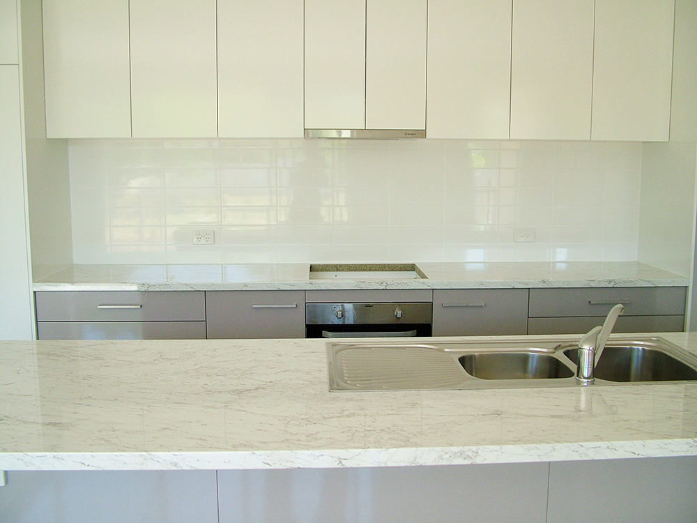 White Kitchen Splashback kitchen splashback tiles. . ideas kitchen splashbacks tiles full